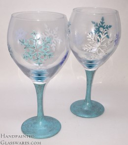 Pair of Glittery Snowflake Wine Glasses